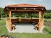 Šestiúhelný altán z lepeného lamelového dřeva.